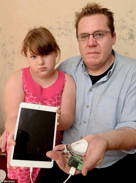 iPad восьмилетней девочки ударил током ее отца