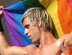 Жителей России будут лишать родительских прав за гомосексуальные контакты