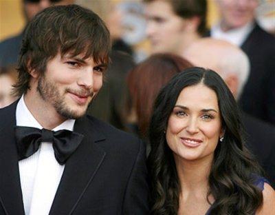 Эштон Катчер и Деми Мур подписали документы о разводе