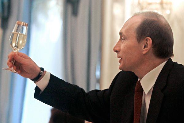 Президент Владимир Путин подписал поправки в закон о митингах